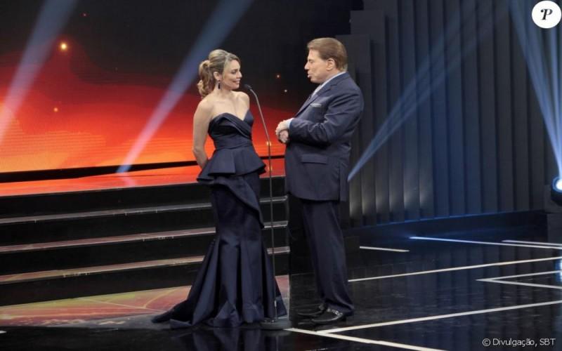 Vídeo Silvio Santos chama a atenção de Rachel Sheherazade no Troféu Imprensa