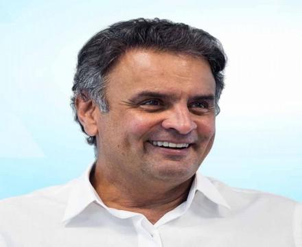 Rachado, PSDB vai discutir impeachment de Bolsonaro